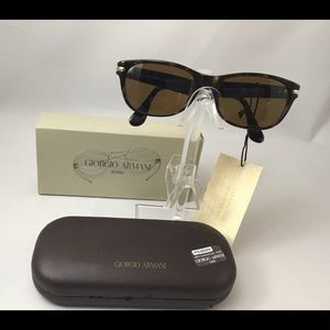 Giorgio Armani Vintage Authentic Very Rare 832 Sun
